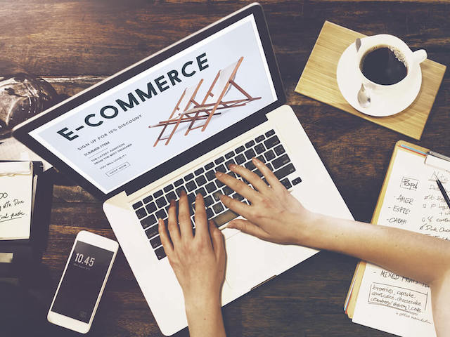 top-4-e-commerce-stores-in-singapore